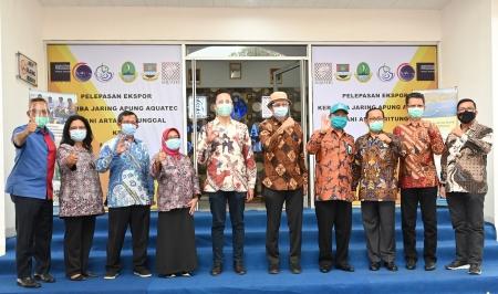 Mahasiswa Mata Kuliah Exim UC Surabaya Antusias dengan Materi Pengusaha Muda