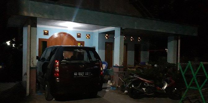 Densus 88 Tangkap dan Geledah Rumah Terduga Teroris di Sleman