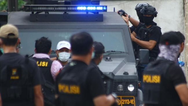 Tentang Zulkarnaen, Buron Teroris Bom Bali I dengan 4 Alias