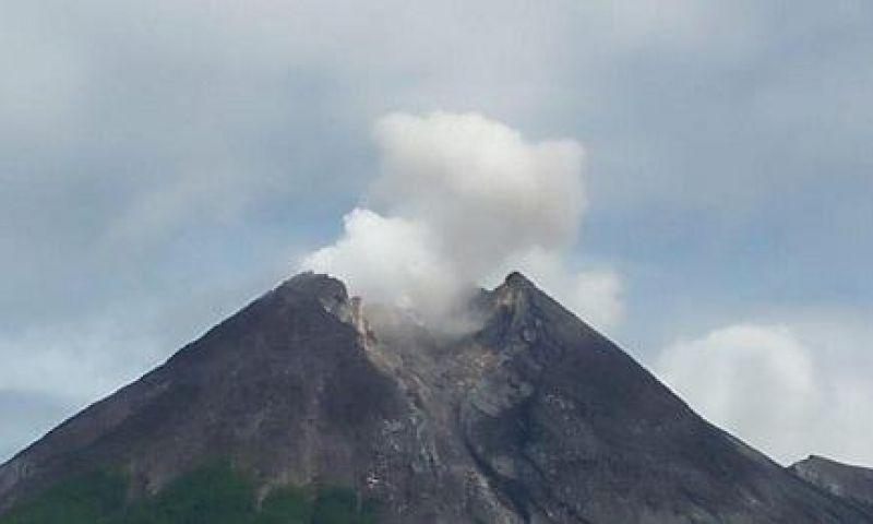Gunung Merapi Erupsi, Boyolali Hujan Abu