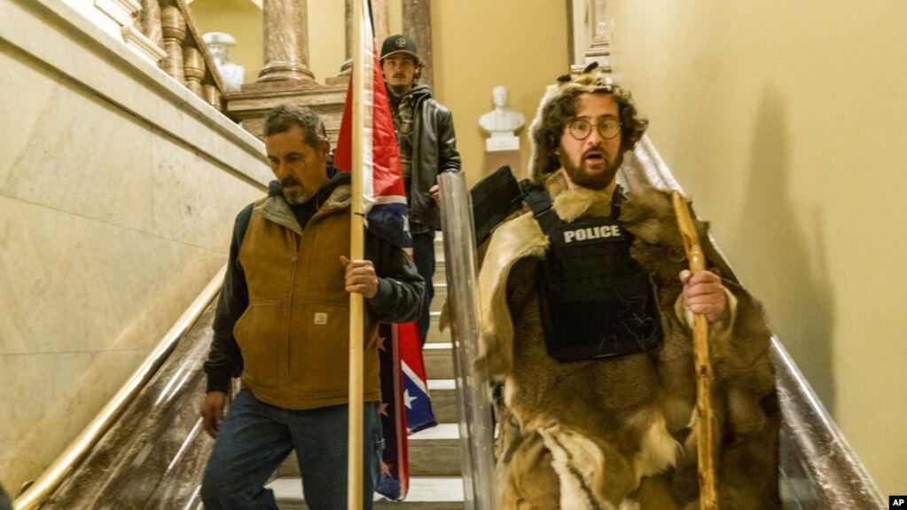 Ikut Demo di Gedung Capitol, Sejumlah Perusuh Dipecat dari Pekerjaan