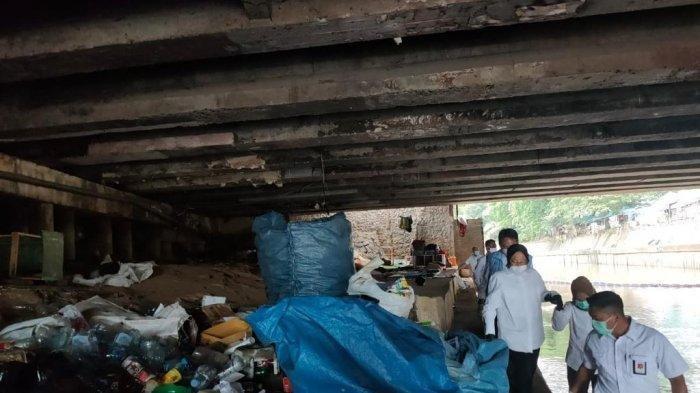 Mensos Blusukan di Jakarta, Geisz Chalifah Prediksi Akan Muncul Survei Unggulkan Risma di Atas Anies