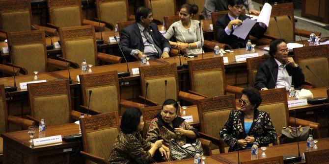 Politikus PDIP: Mana Ada Suara Rakyat di DPR, Orang Kayak Ngantor Absen Terus Pulang