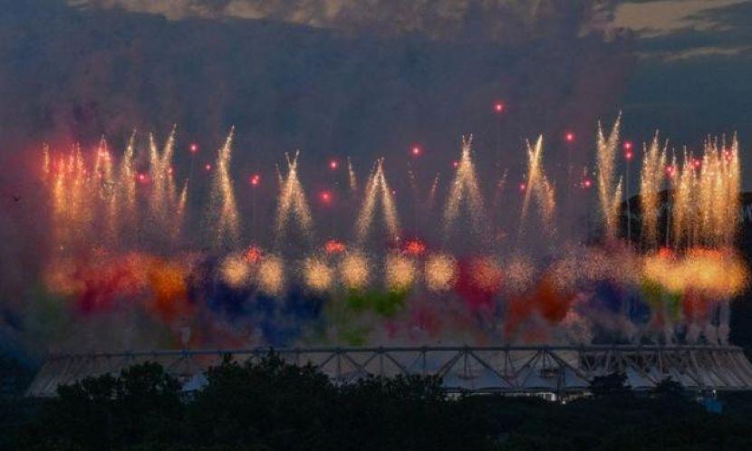 Kembang Api dan Balon Warnai Pembukaan EURO 2020