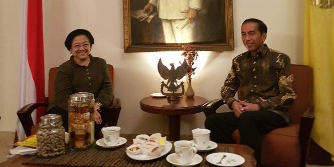 Jokowi Puji Kepemimpinan Strategis Megawati Membela Rakyat dan Anti Korupsi