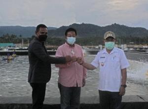 Vice-regent of Parimo Rejoices at the Achievement of Shrimp Farming