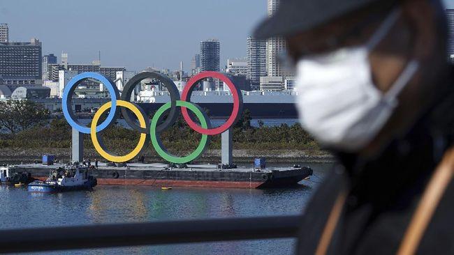 Atlet Olimpiade Tokyo Akan Kalungkan Medali Sendiri